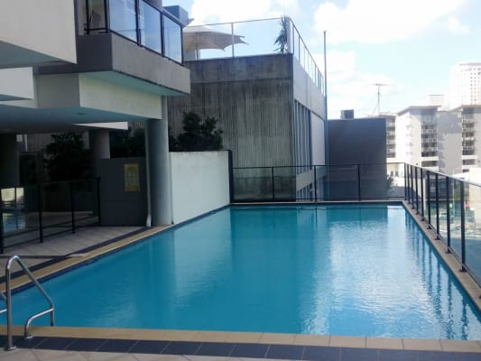 $135, Flatshare, 2 bathrooms, Leichhardt , Spring Hill QLD 4000