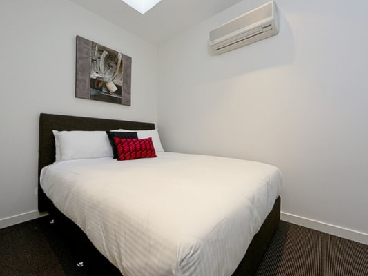 $270, Flatshare, 2 bathrooms, Lonsdale Street, Braddon ACT 2612