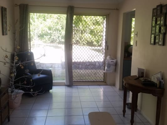 $185, Share-house, 3 bathrooms, Lyn Street, Redbank Plains QLD 4301