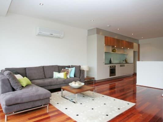$242, Flatshare, 3 bathrooms, Macquarie Street, Prahran VIC 3181