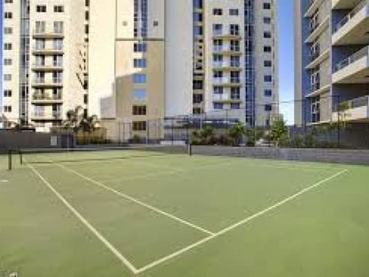 $300, Flatshare, 3 bathrooms, Macrossan Street, Brisbane City QLD 4000