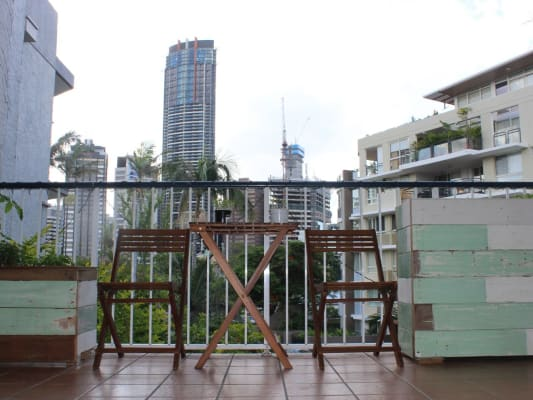 $240, Flatshare, 2 bathrooms, Main Street, Kangaroo Point QLD 4169