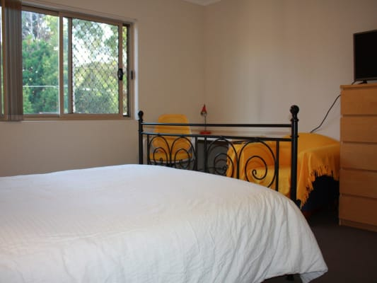 $240, Flatshare, 3 bathrooms, Martin Place, Mortdale NSW 2223