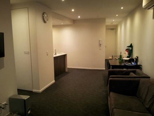 $380, Flatshare, 2 bathrooms, Martin Street, Saint Kilda VIC 3182