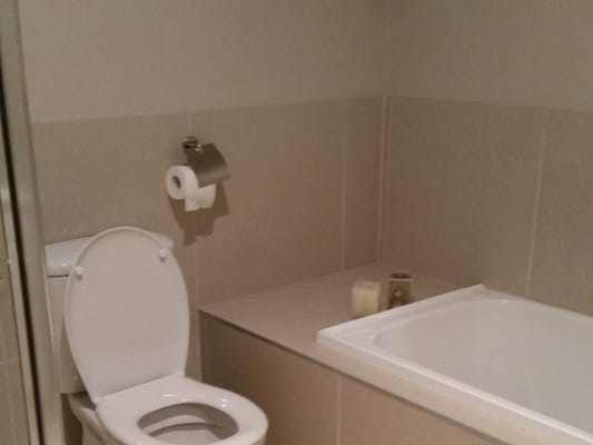 $180, Share-house, 3 bathrooms, McEwan Road, Heidelberg Heights VIC 3081