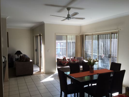 $160, Share-house, 4 bathrooms, North Shore Avenue, Varsity Lakes QLD 4227