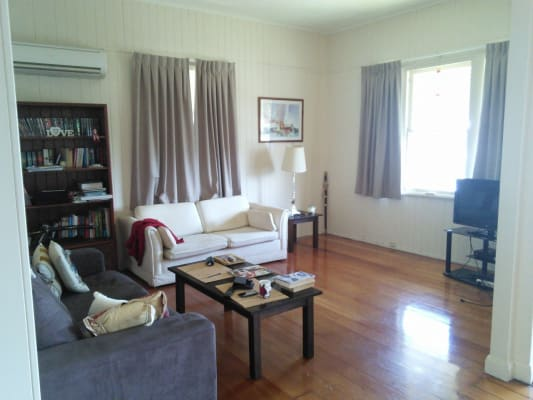 $160, Share-house, 3 bathrooms, Old Cleveland Road, Greenslopes QLD 4120