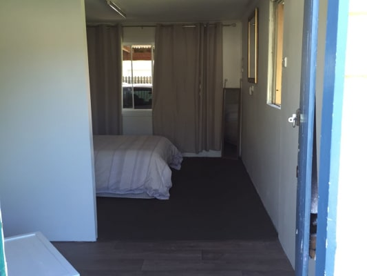 $150, Share-house, 3 bathrooms, Paradise, Banyo QLD 4014