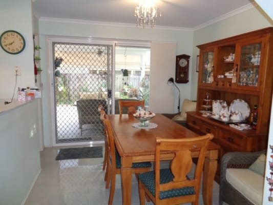$140, Flatshare, 3 bathrooms, Pontoon Place, Varsity Lakes QLD 4227