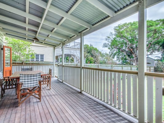 $180, Share-house, 5 bathrooms, Qualtrough St, Woolloongabba QLD 4102