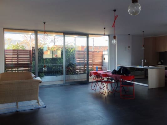 $380, Share-house, 2 bathrooms, Queens Parade, Fitzroy North VIC 3068