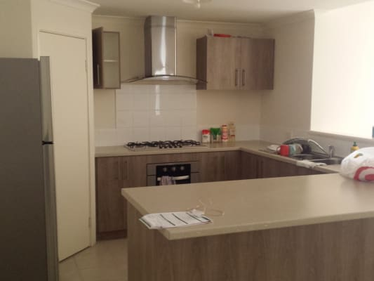 $140, Share-house, 4 bathrooms, Lyall Street, Redcliffe WA 6104