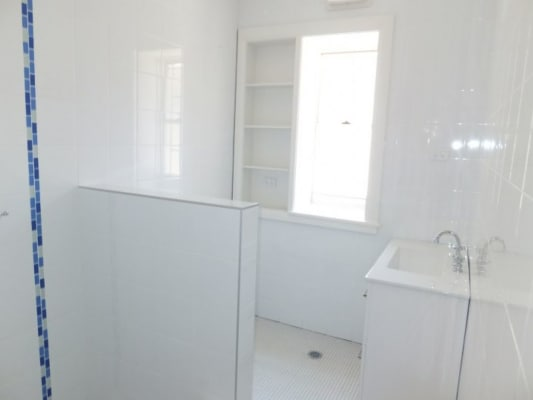 $350, Flatshare, 3 bathrooms, Reddall Street, Manly NSW 2095