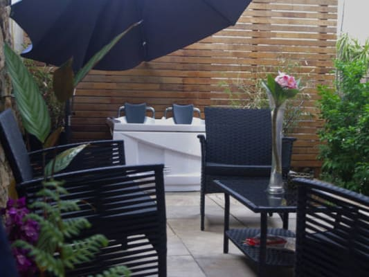 $265, Flatshare, 1 bathroom, Rosecliffe Street, Highgate Hill QLD 4101