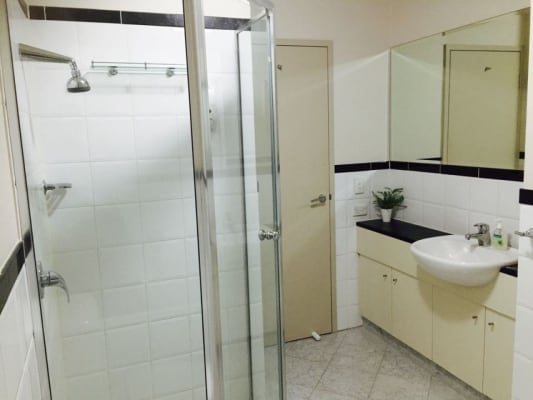$275, Flatshare, 3 bathrooms, Rundle Street , Adelaide SA 5000