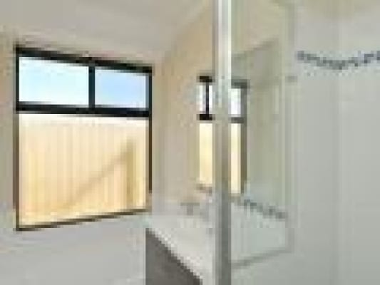 $150, Share-house, 3 bathrooms, Salome Crescent, Lakelands WA 6180