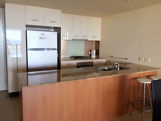 $320, Flatshare, 2 bathrooms, Scarborough Street, Southport QLD 4215