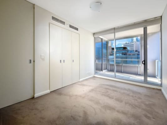 $450, Flatshare, 2 bathrooms, Shelley Street, Sydney NSW 2000