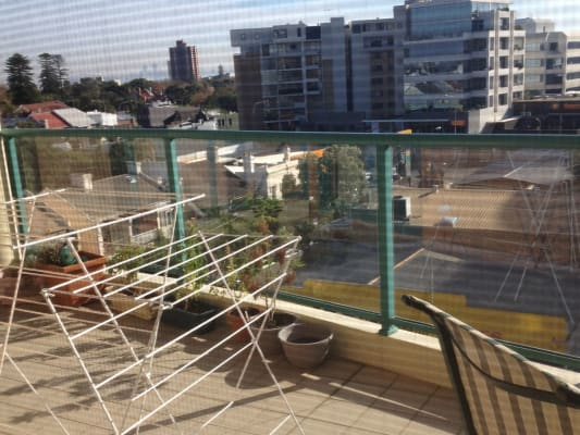 $380, Flatshare, 2 bathrooms, Spring Street, Bondi Junction NSW 2022