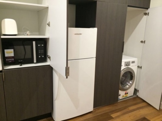 $285, Flatshare, 2 bathrooms, Stawell St, North Melbourne VIC 3051