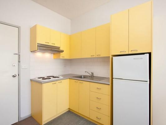 $265, Flatshare, 2 bathrooms, Swanston Street, Carlton VIC 3053