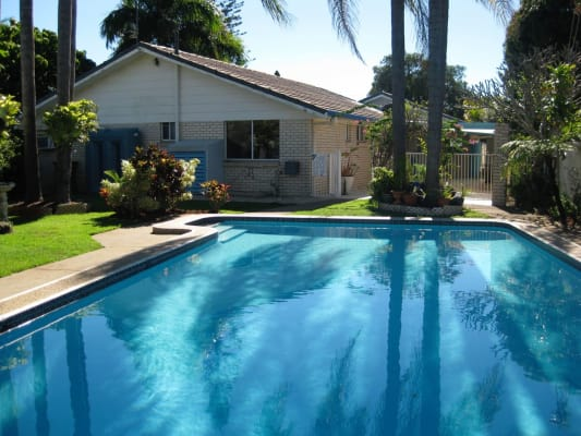 $240, Share-house, 3 bathrooms, Tahiti Avenue, Palm Beach QLD 4221