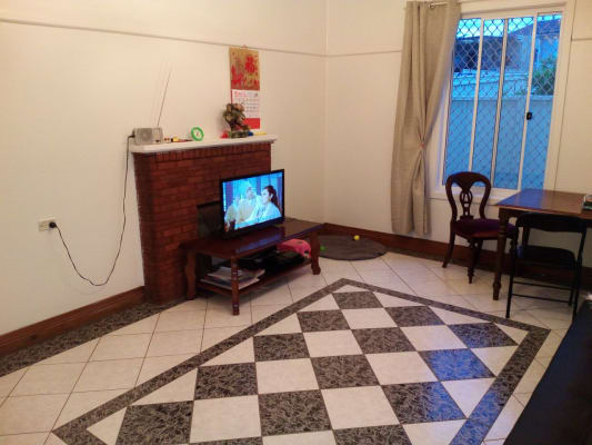 $180, Share-house, 3 bathrooms, Taralga Street, Old Guildford NSW 2161