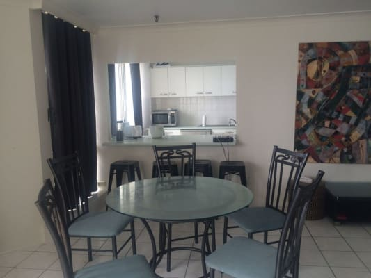 $135, Flatshare, 3 bathrooms, The Esplanade, Surfers Paradise QLD 4217