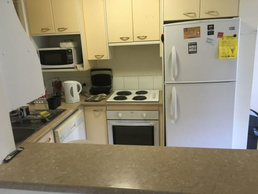 $175, Flatshare, 3 bathrooms, Thorn Street, Kangaroo Point QLD 4169