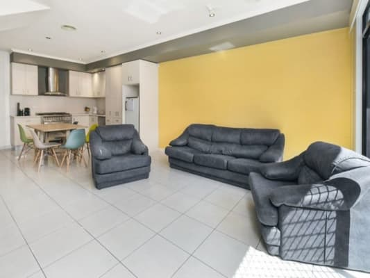 $210, Share-house, 3 bathrooms, Union St, Brunswick VIC 3056