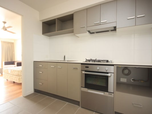 $370, Flatshare, 2 bathrooms, Walcott Street, Saint Lucia QLD 4067