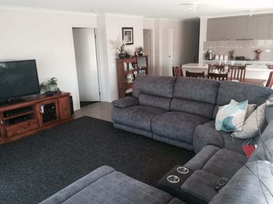 $150, Share-house, 3 bathrooms, Waratah Street , Huntly VIC 3551