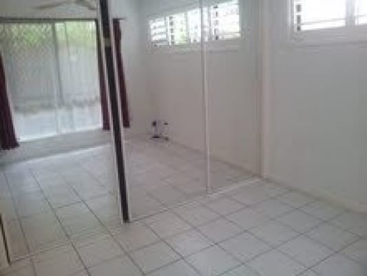 $160, Share-house, 2 bathrooms, Whiting St, Labrador QLD 4215