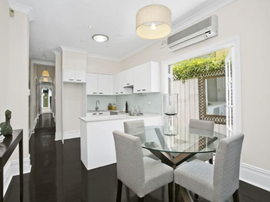 $380, Share-house, 3 bathrooms, Woods Avenue, Woollahra NSW 2025