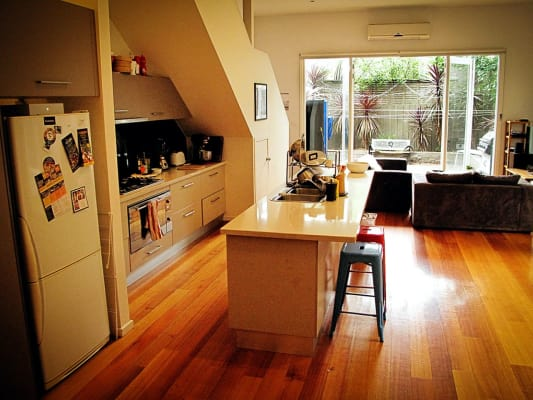 $282, Share-house, 4 bathrooms, York Street, Prahran VIC 3181