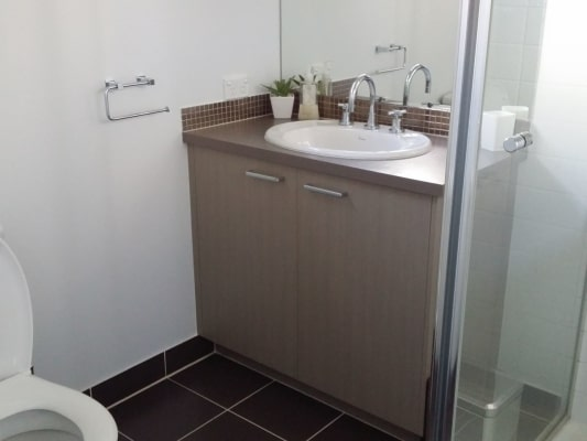 $180, Share-house, 3 bathrooms, Streeton Close, Corio VIC 3214
