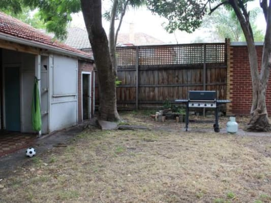 $270, Share-house, 2 rooms, Alma Rd., Saint Kilda East VIC 3183, Alma Rd., Saint Kilda East VIC 3183