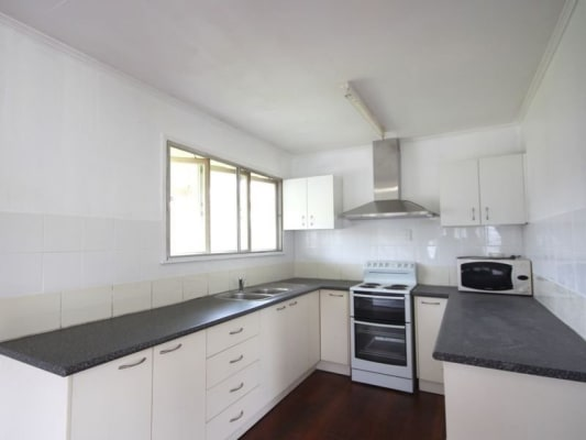 $150-250, Share-house, 2 rooms, Baroda, Coopers Plains QLD 4108, Baroda, Coopers Plains QLD 4108