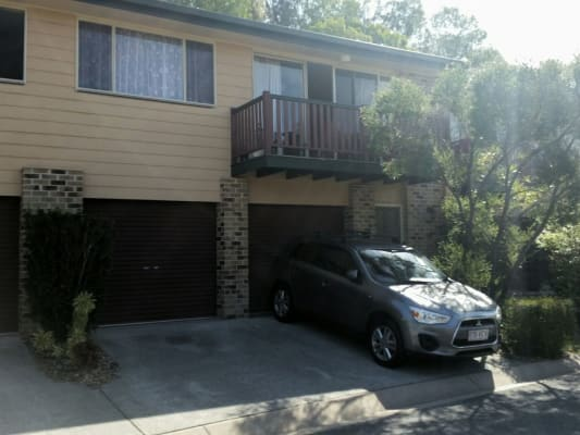 $140, Share-house, 3 bathrooms, Ben Lomond Drive, Highland Park QLD 4211