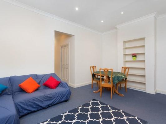 $270, Share-house, 5 bathrooms, Bourke Street, Darlinghurst NSW 2010
