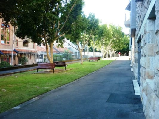 $190, Share-house, 3 bathrooms, Bowman Street, Pyrmont NSW 2009