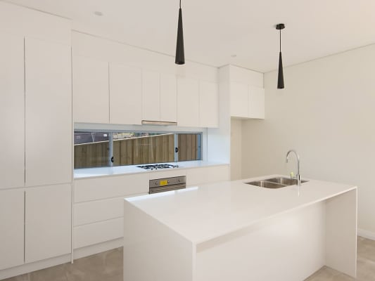 $220, Share-house, 5 bathrooms, Bresnihan Ave, Kellyville NSW 2155