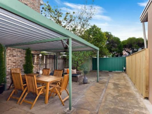 $300, Share-house, 5 bathrooms, Charles St, Newtown NSW 2042