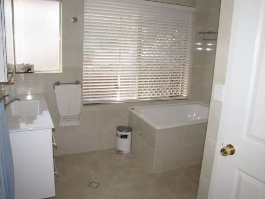 $140, Share-house, 3 bathrooms, Chartwell Way, Swan View WA 6056