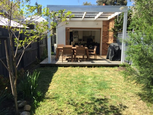$330, Share-house, 2 bathrooms, Cruikshank Street, Port Melbourne VIC 3207