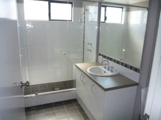 $165, Share-house, 5 bathrooms, Davies Crescent, Kardinya WA 6163