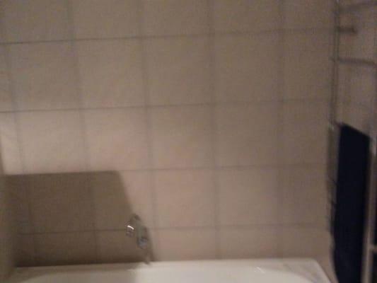 $230, Share-house, 3 bathrooms, Elliott Street, Surfers Paradise QLD 4217