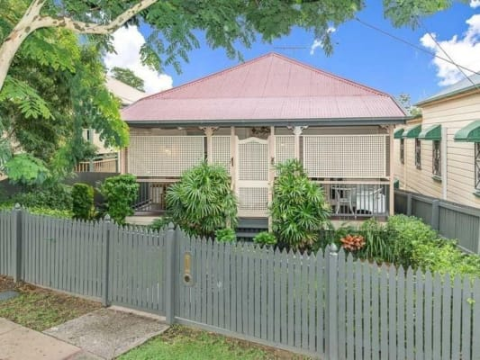 $300, Share-house, 3 bathrooms, Fernberg Road, Paddington QLD 4064