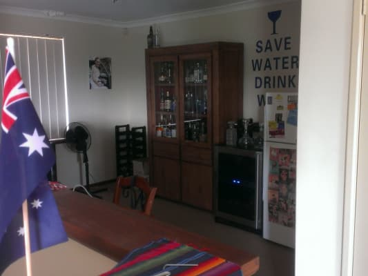 $190, Share-house, 3 bathrooms, Filburn Street, Scarborough WA 6019