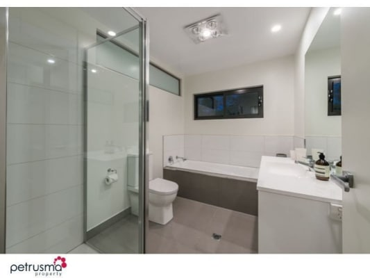 $225, Share-house, 4 bathrooms, Forster, New Town TAS 7008